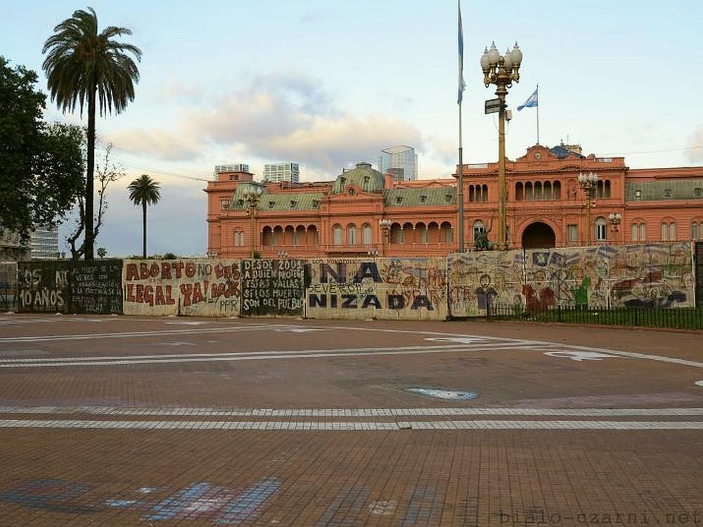 Buenos-Aires-Plaza-de-Mayo14_2